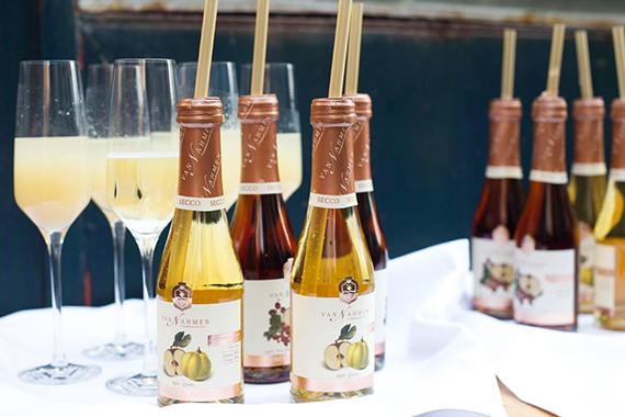 Лятна свежест с висококачествените натурални сокове на Ван Намен